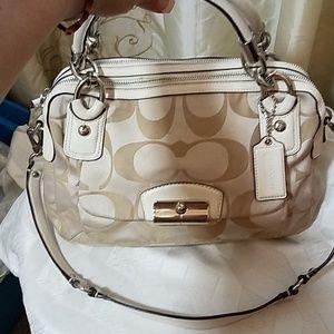 Coach beautiful handbag. Cream/tan C's EUC
